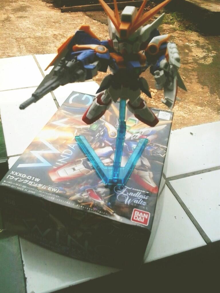 Jual HG Gundam F91 & SD Gundam Wing Zero EW Good Condition