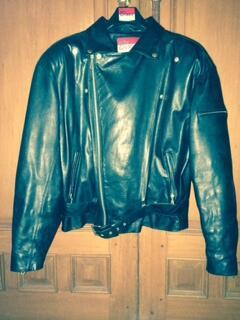 Jual jaket kulit (asli) sapi   leather jacket buat cowo   pria warna hitam 69b0851ab9