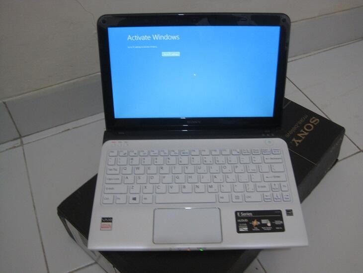Dijual Sony Vaio SVE-11125CV AMD E2 2GB HDD320GB [ lengkap ]