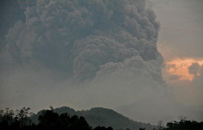 Kumpulan Foto Ini Jadi Saksi 'Amarah' Gunung Kelud. Cek gan #PrayForKelud