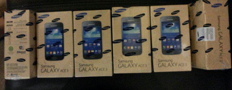 Samsung Galaxy ACE3 BNIB SEIN