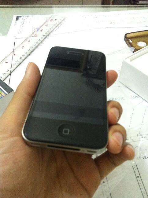 IPHONE 4 16gb FU second kondisi 99.9% LIHAT DAN BUKTIKAN !!