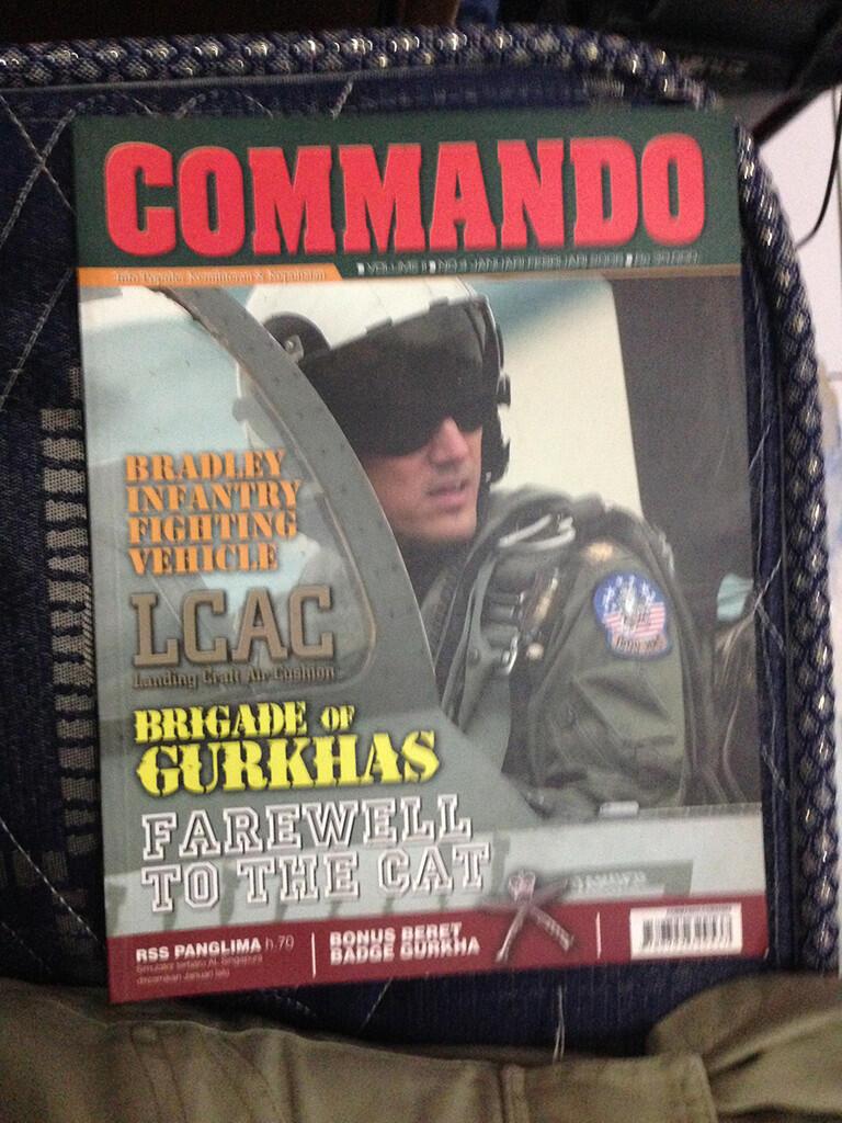 [JUAL] Majalah Angkasa & Commando