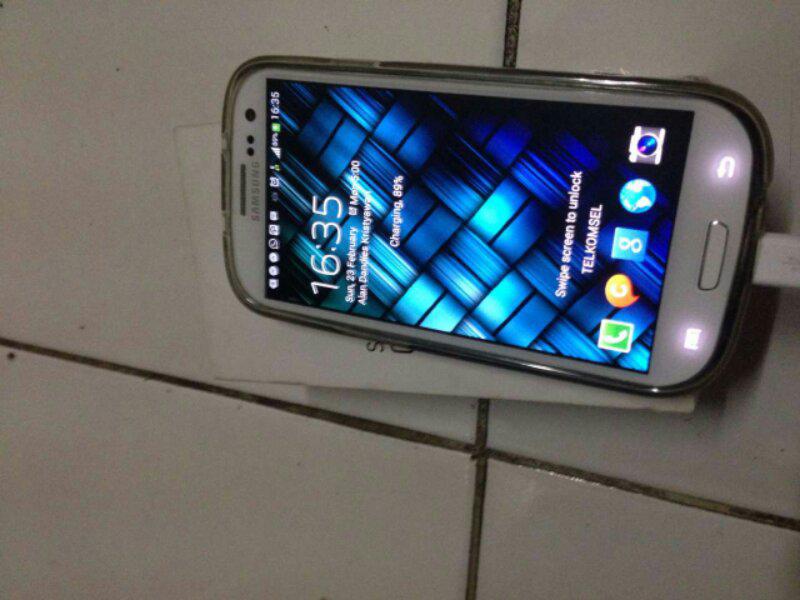 Tuker Tambah Samsung Galaxy S3 GT-I9300 White dengan LG Nexus 5 16GB