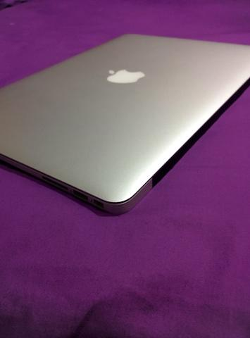 Macbook Air 13 SSD 128gb Mid 2012 Mulus Like New