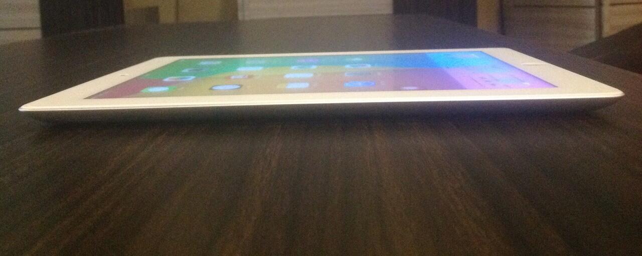 iPad 4 White 16GB Wifi + 4G/LTE | Garansi | Istimewa | 4Juta-an | Cod Jogja