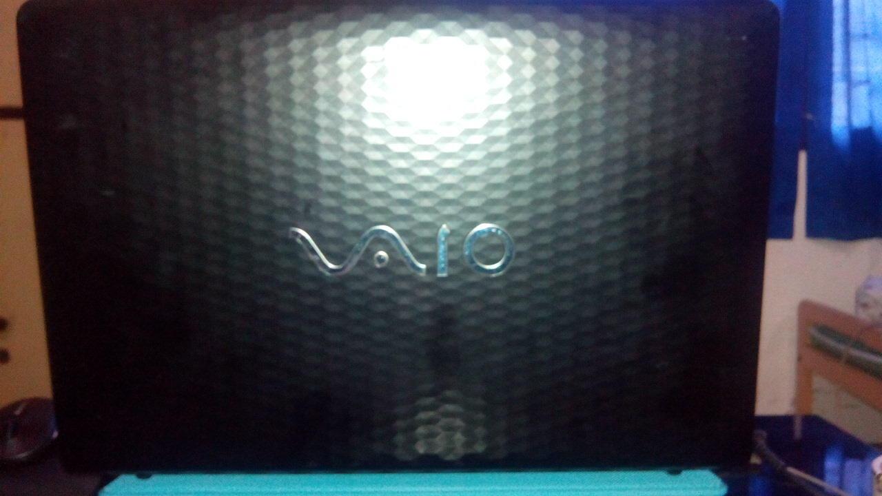 Sony Vaio VPCEH18FG E-Series