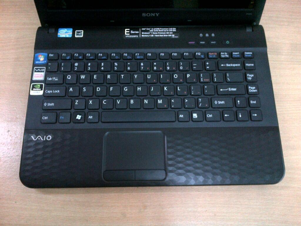 "Laptop Gaming Sony Vaio VPCEG28FG Core i5 2430M 4GB 500GB 14"" Nvidia G410M muluss"