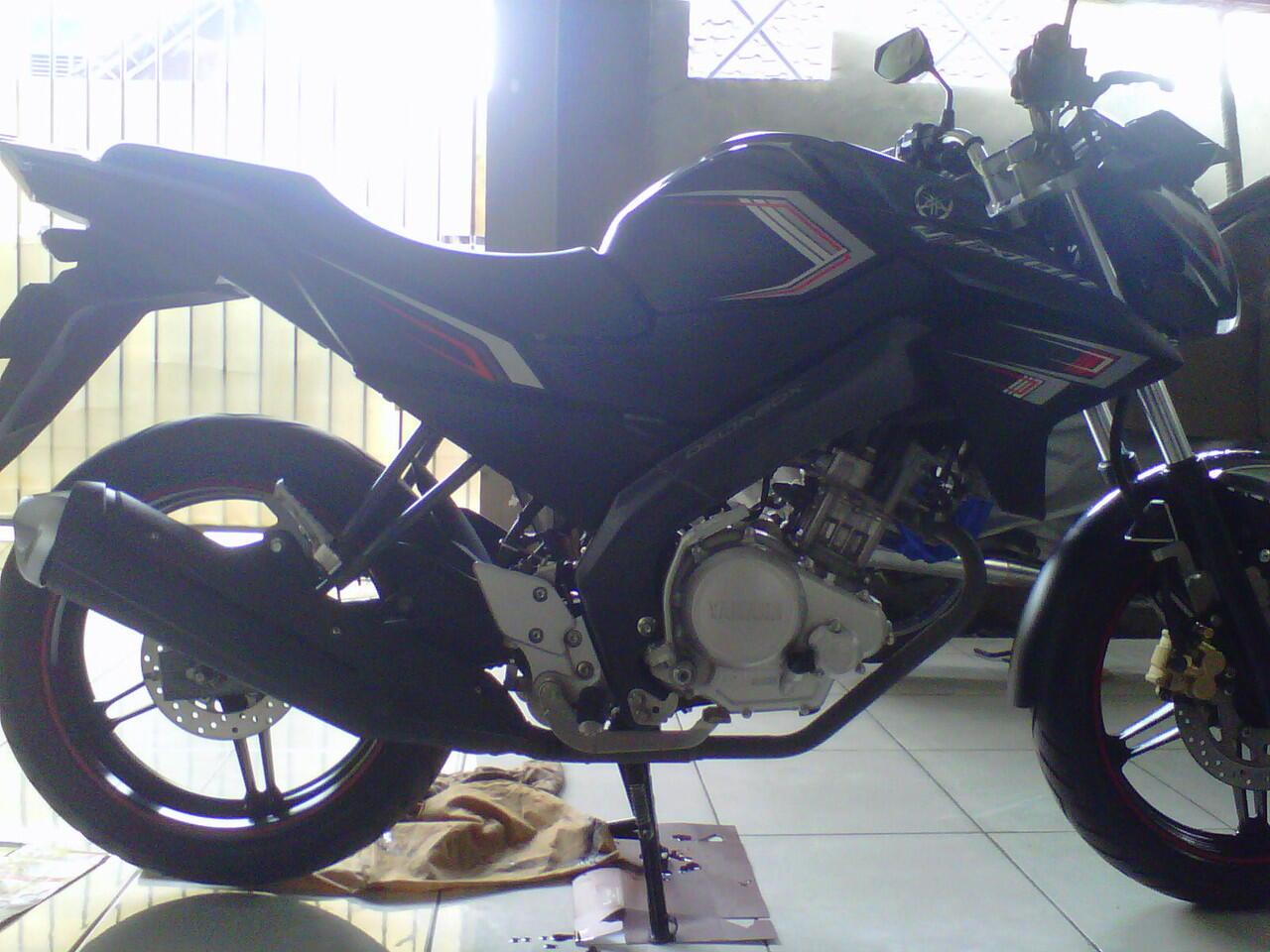 Di jual New Vixion 2013 Pajak Baru,Atas nama sendiri,Surabaya