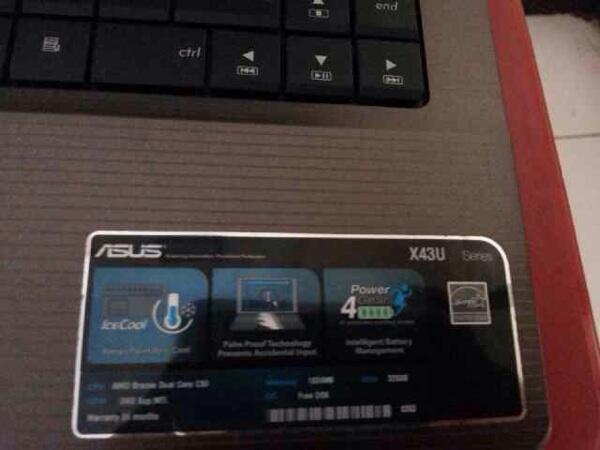 Laptop asus x43u like new