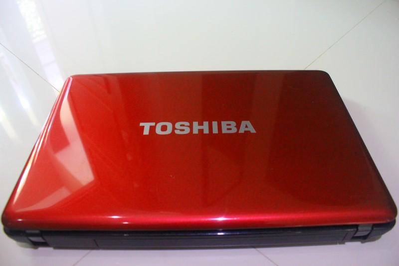 Notebook Toshiba L635 Merah Murmer