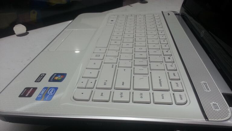 [GAMING] HP G4 core i5 | hdd500 | vga ATIRADEON | bandung