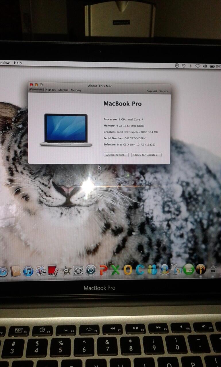 apple mac book pro i7
