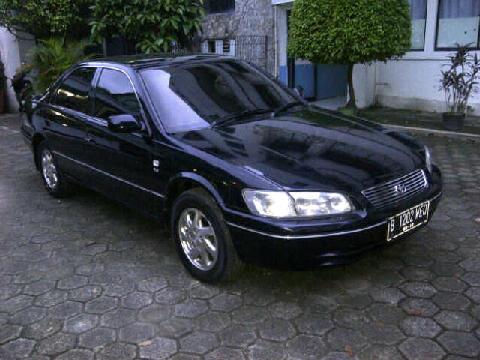 Toyota camry thn 2000