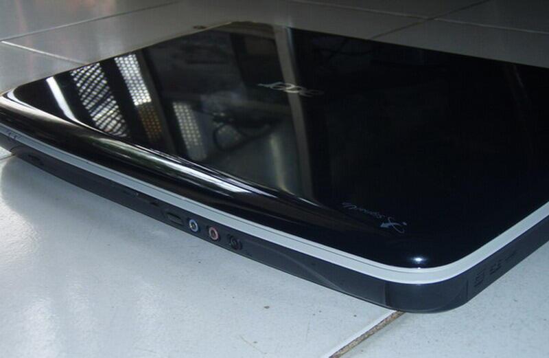 ACER 4920 Core™ 2 Duo T7300 HDD 250GB,Radeon™ HD 2400XT,di cekk gan...!!!
