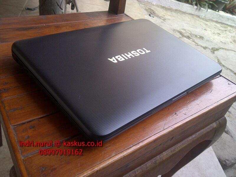 toshiba satellite c800 intel b980 2,4ghz 2gb 320gb usb 3.0 fisik 99% istimewa [bdg]