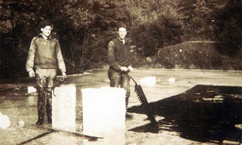 Foto Beberapa Jenis Pekerjaan Penting Jaman Dahulu
