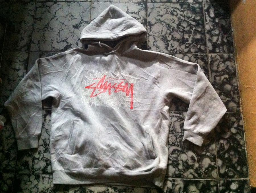 Wts Stussy collection t-shirt and hoodie. cek ganss