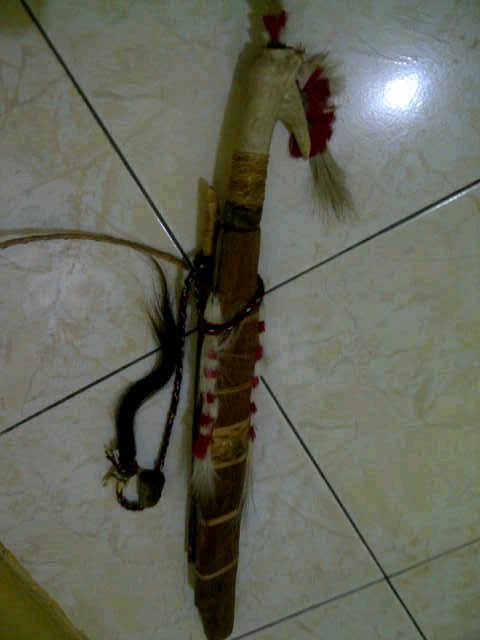 Jual mandau senjata traditional khas kalimantan