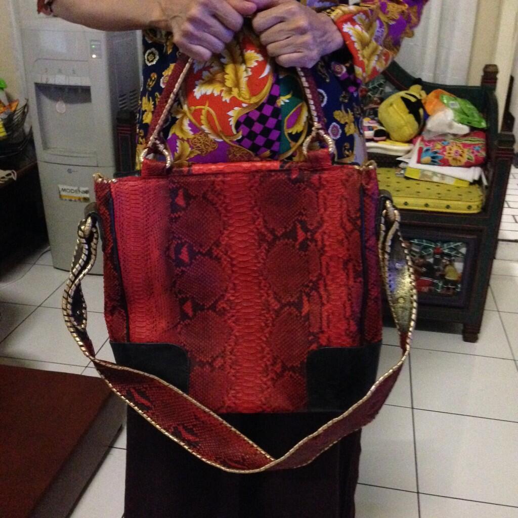 Terjual Tas Kulit Ular original made in Bali   Handmade  e7c7e0b6fd