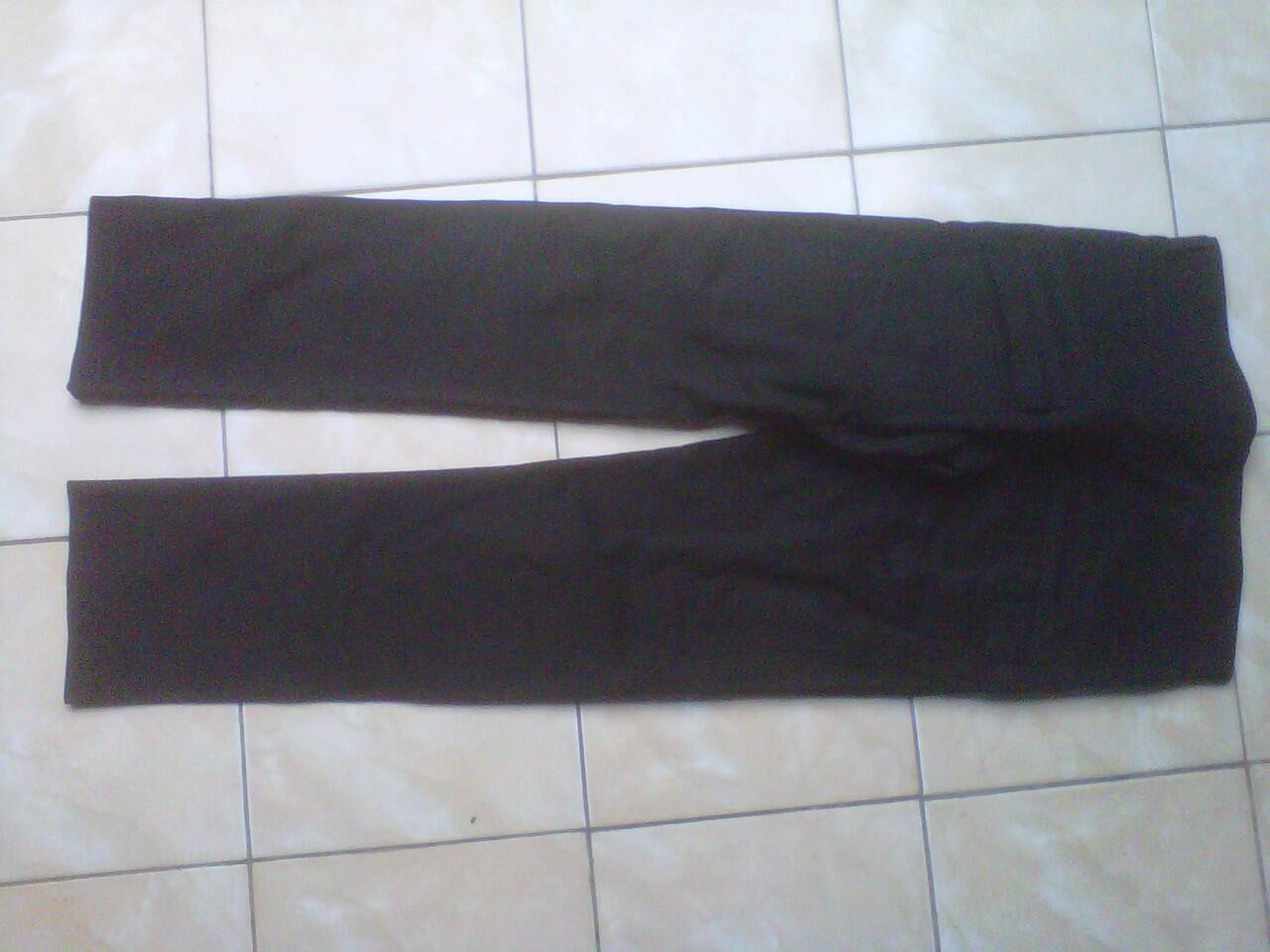 LELANG Jeans wrangler dan converse original ob rendah gan cuma sehari