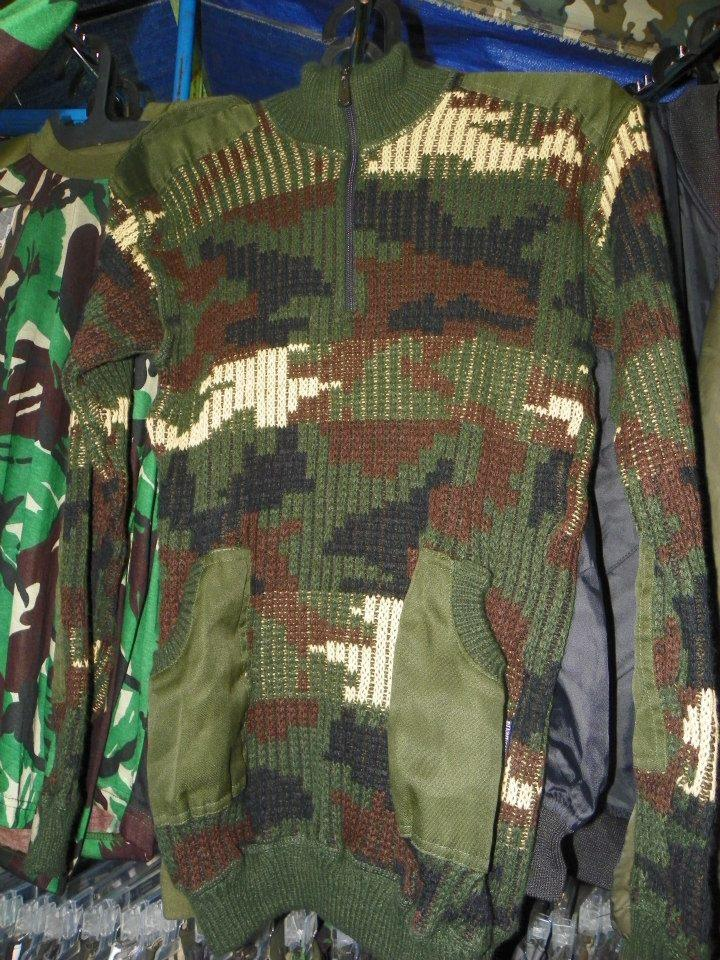 SWEATER RAJUT MOTIF ARMY (grosir)