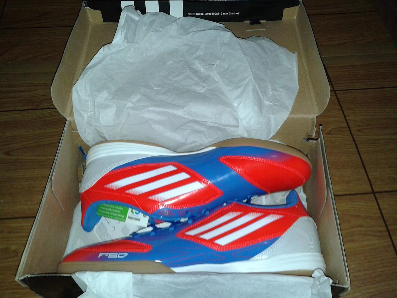 Adidas F10 IN 400.000 ORI