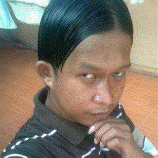 RAMBUT COWOK UDAH GAK JAMAN DI PONI INI DIA GAYA RAMBUT - Hairstyle cowok jaman sekarang