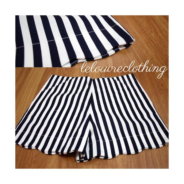 Short striped black n white for sale size s