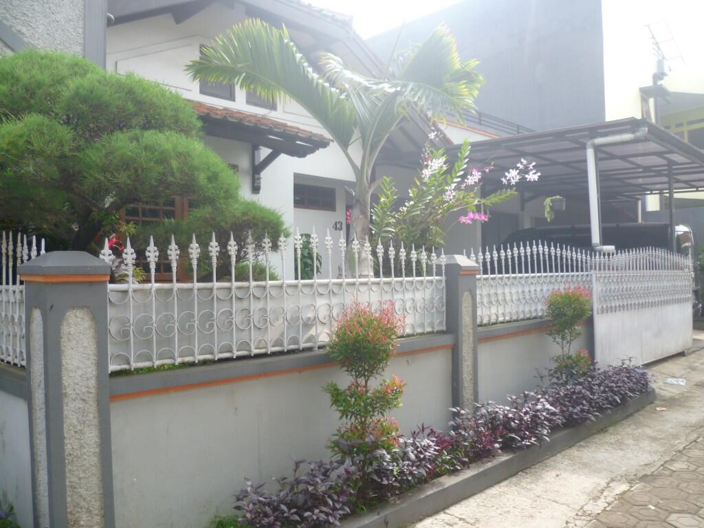 Jual Rumah Lokasi Cimahi Bandung Jawa Barat Strategis Luas Dekat Pusat Kota [TP]