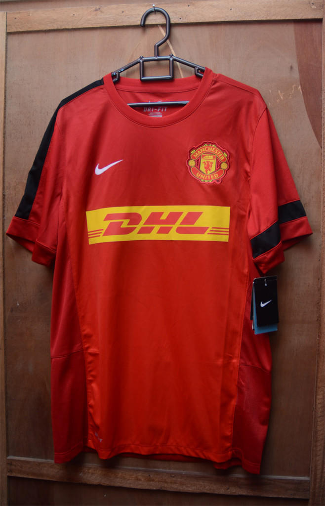 the latest 1550d 1fb38 Terjual Jersey MU/Manchester United DHL original BNWT Muraahhh