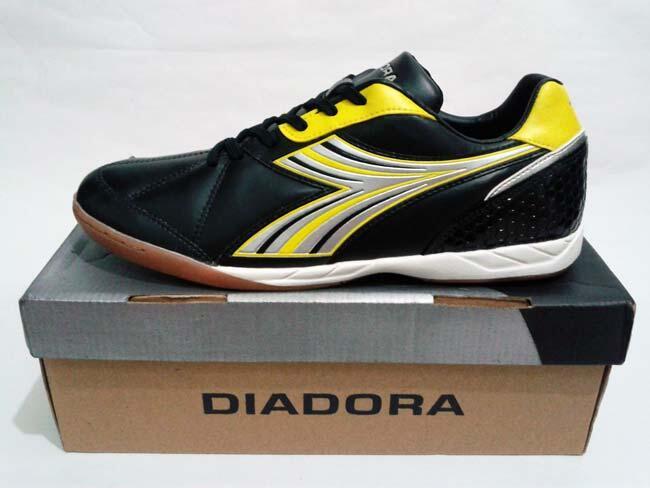 Sepatu Futsal Diadora Felipe Black