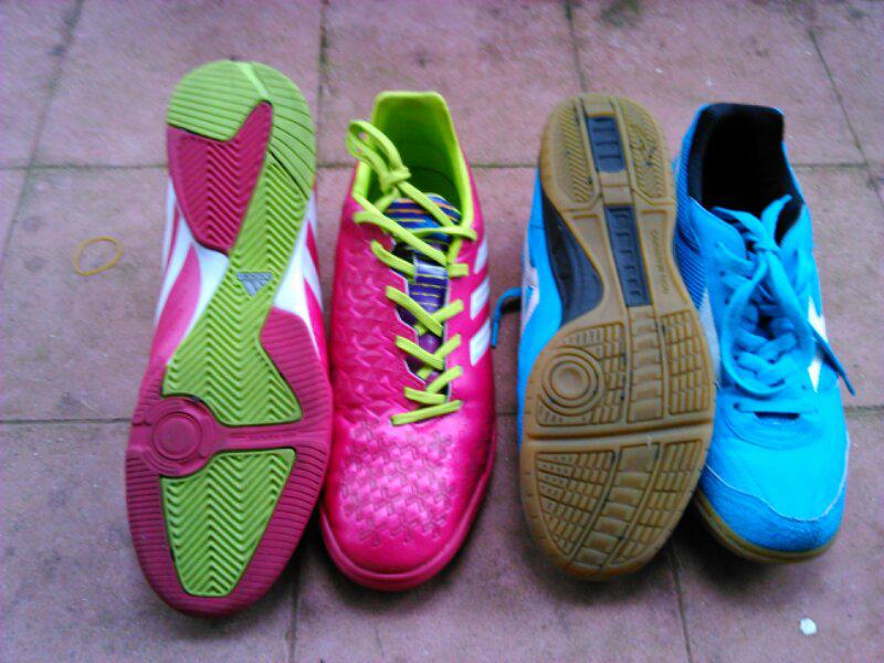 Adidas Predator Absolado Samba IN and Mizuno Sala Club IN