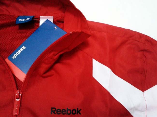 Jaket Running Reebok Core Cuff Excellent Red