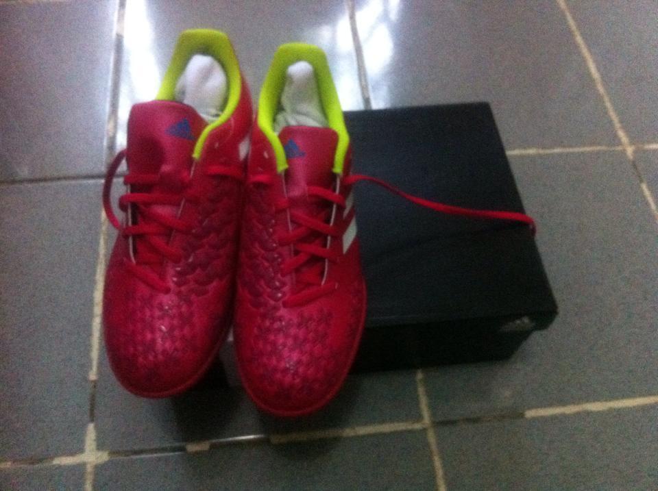 Sepatu futsal Adidas Predito LZ IN MERAH PINK