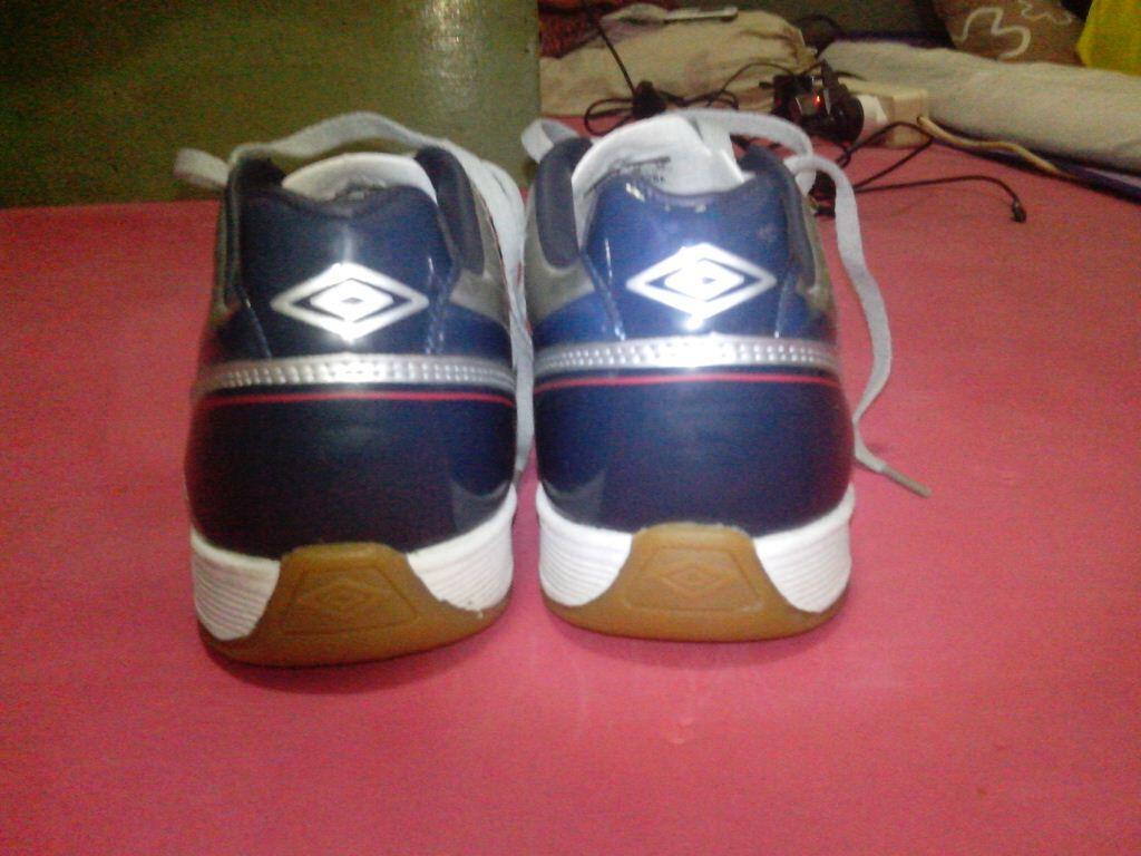 Sepatu Futsal Umbro Turbo A-IC size 40