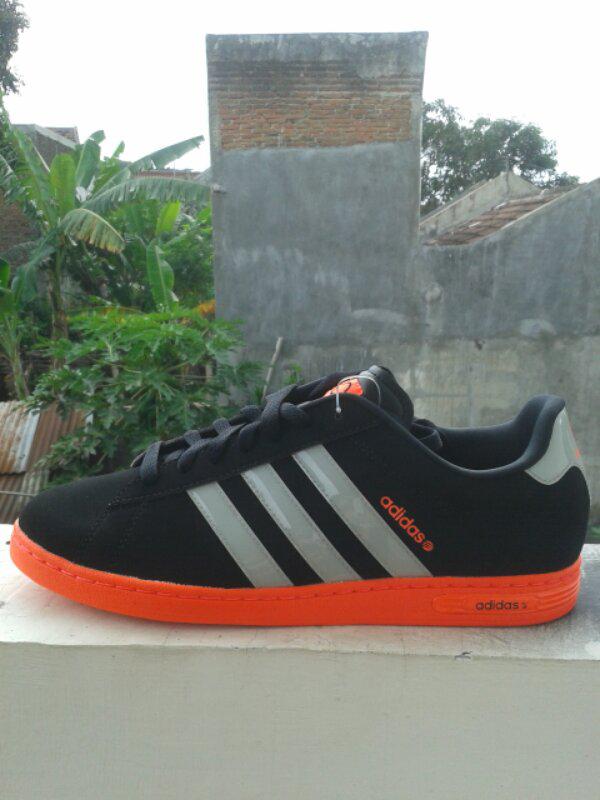 Adidas Neo Label (bukan gazelle samba la trainer sl72) cassual ultras Masuk!