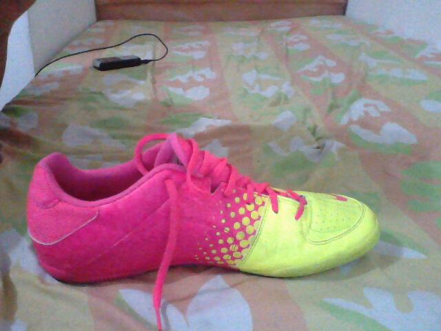 NIKE5 ELASTICO Pink.Flash/Volt size 43