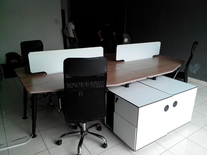 Jual Furniture bekas kantor
