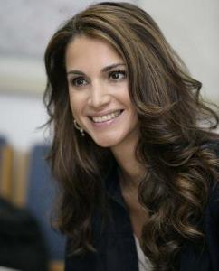 Pesona Kecantikan Para Putri Kerajaan dari Seluruh Dunia