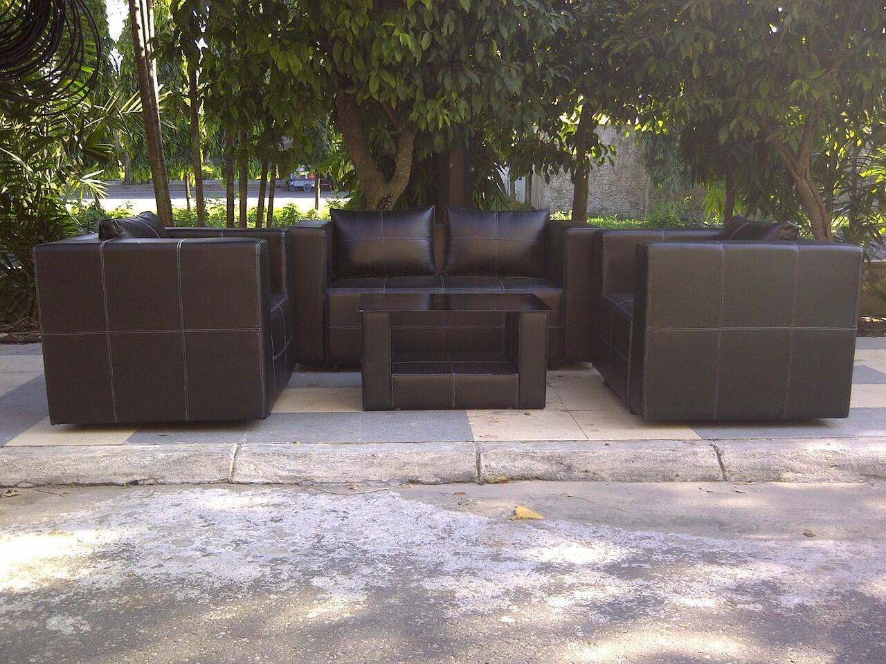 sofa 211 minimalis black oscar