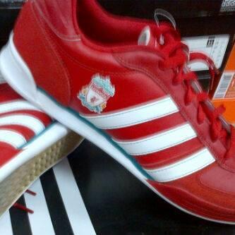 Sepatu Adistreet Liverpool FC Original