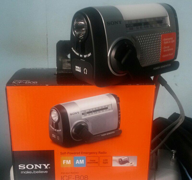 Terjual WTS: SONY Self Powered Emergency Radio ICF-B08 untuk yang suka  berpetualangan