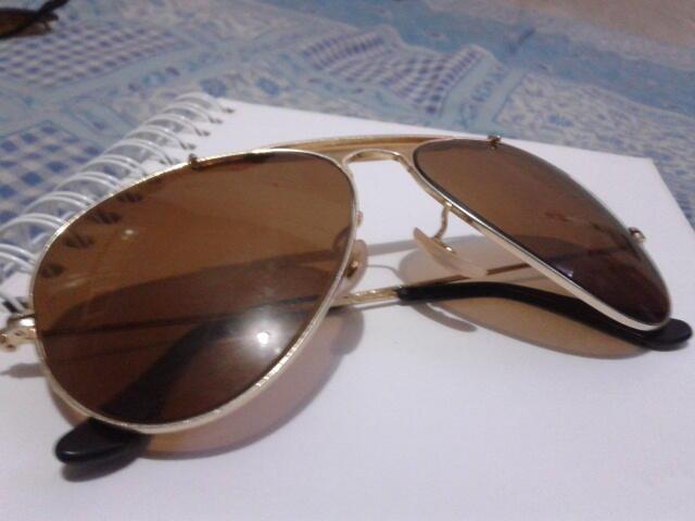 Terjual kaca mata rayban usa asli bl di jual  1ec062d051