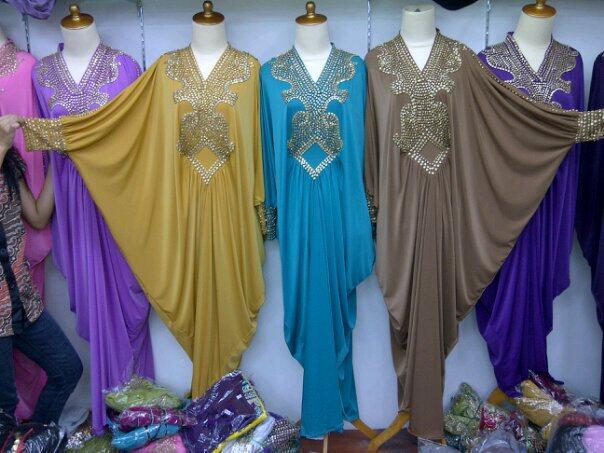 Dress Pesta Kaftan Maya