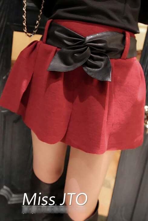 Rok Celana Import Murah (warna: Black, Red) Rp. 88.000