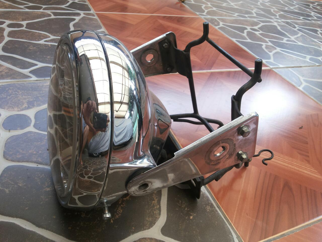 Lampu Depan bulet Reflektor Honda Tiger 2000 + Breket plat