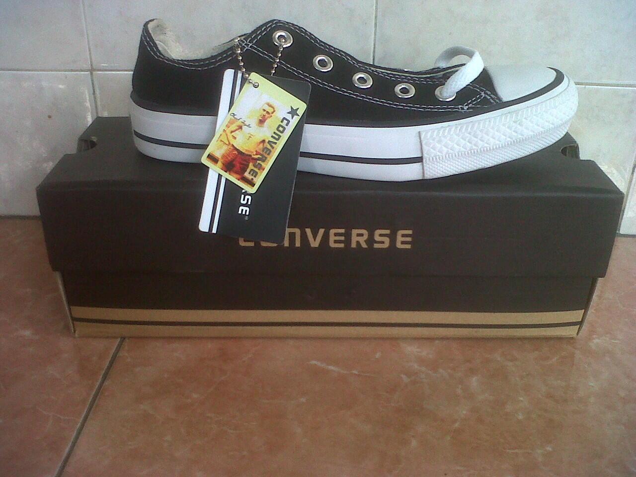 Terjual Sepatu Converse Allstar grosir dan ecer murah depok  3675bb87f4