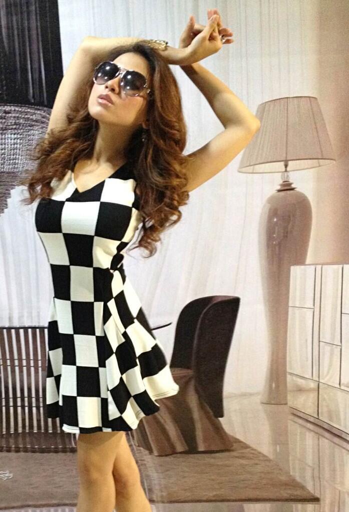 Dress Black White Box (BS D 42)