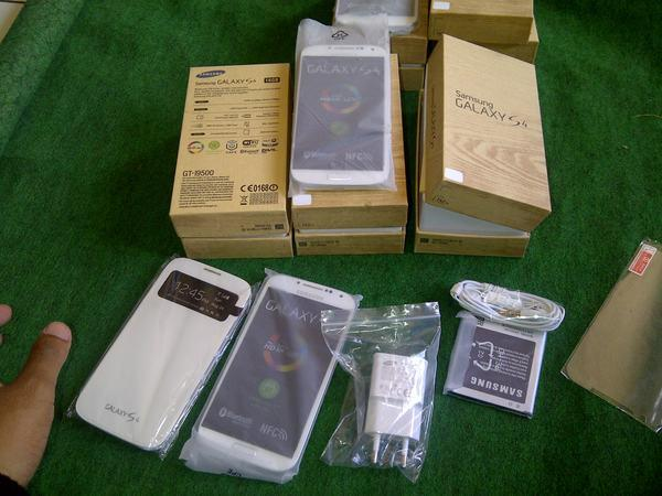 <<NEW>>SAMSUNG    S5  NOTE 3   S4   TAB 3  NOTE 8.0  NOTE 2  Ready SONY & IPHONE